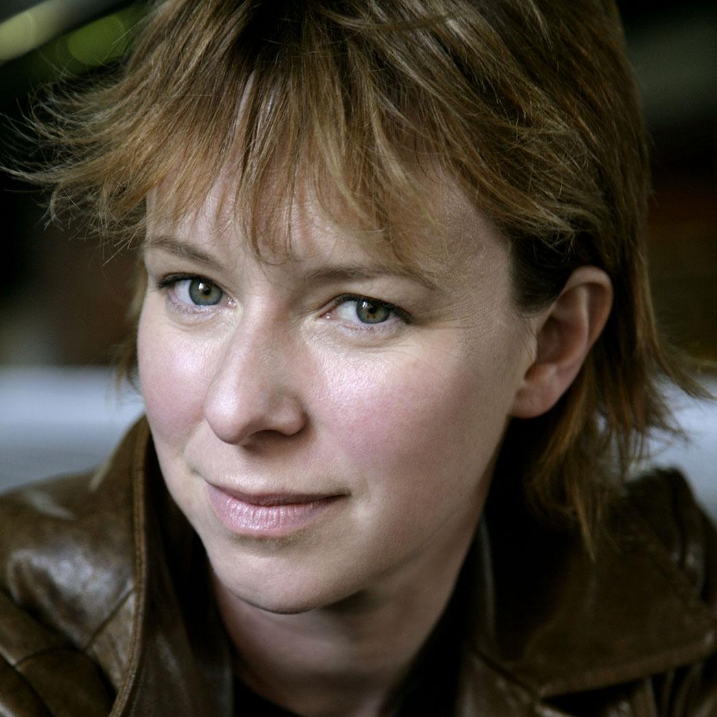 Julie Anne Robinson - S 2015