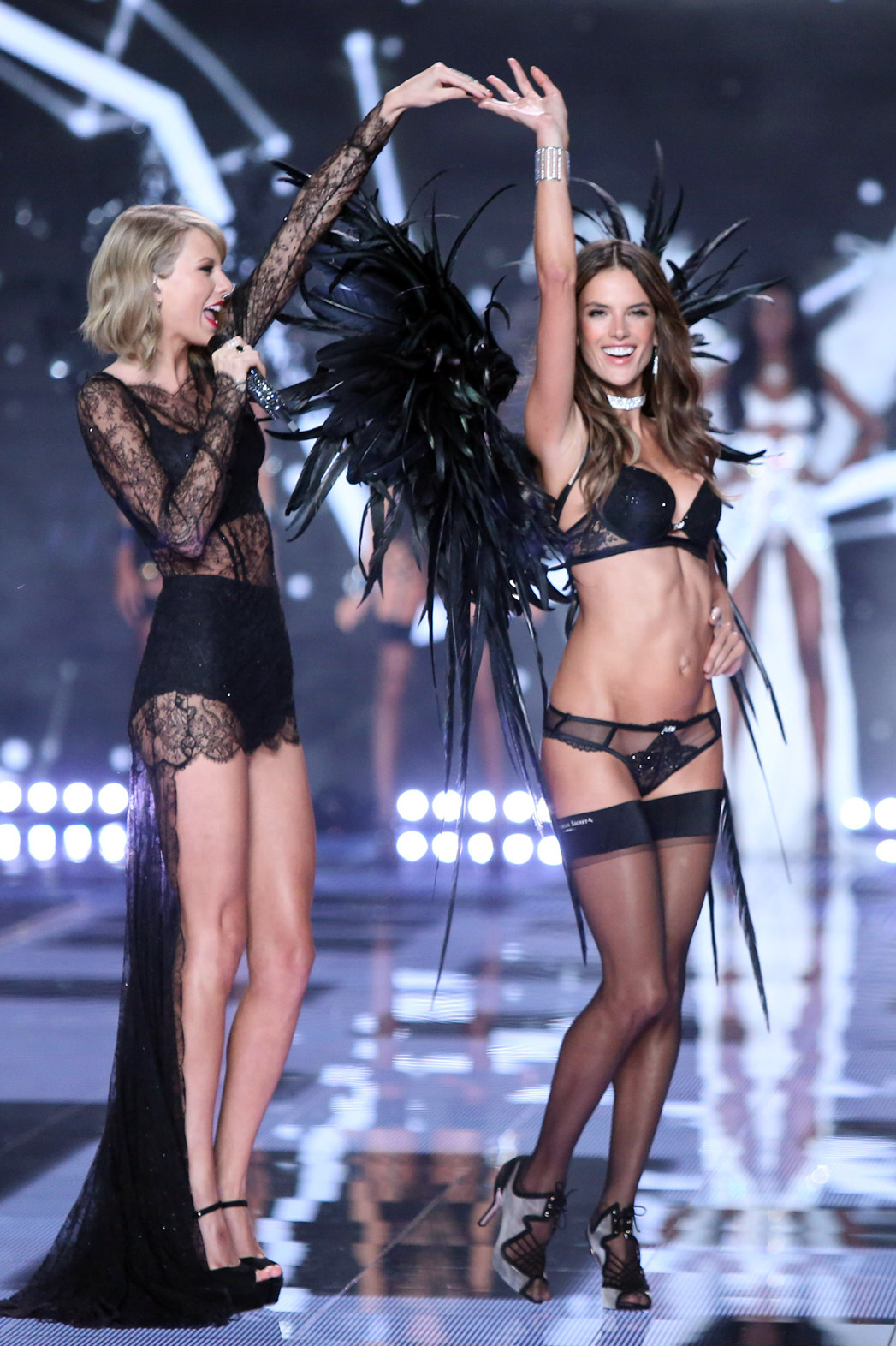 Victoria's Secret Fashion Show - P 2015