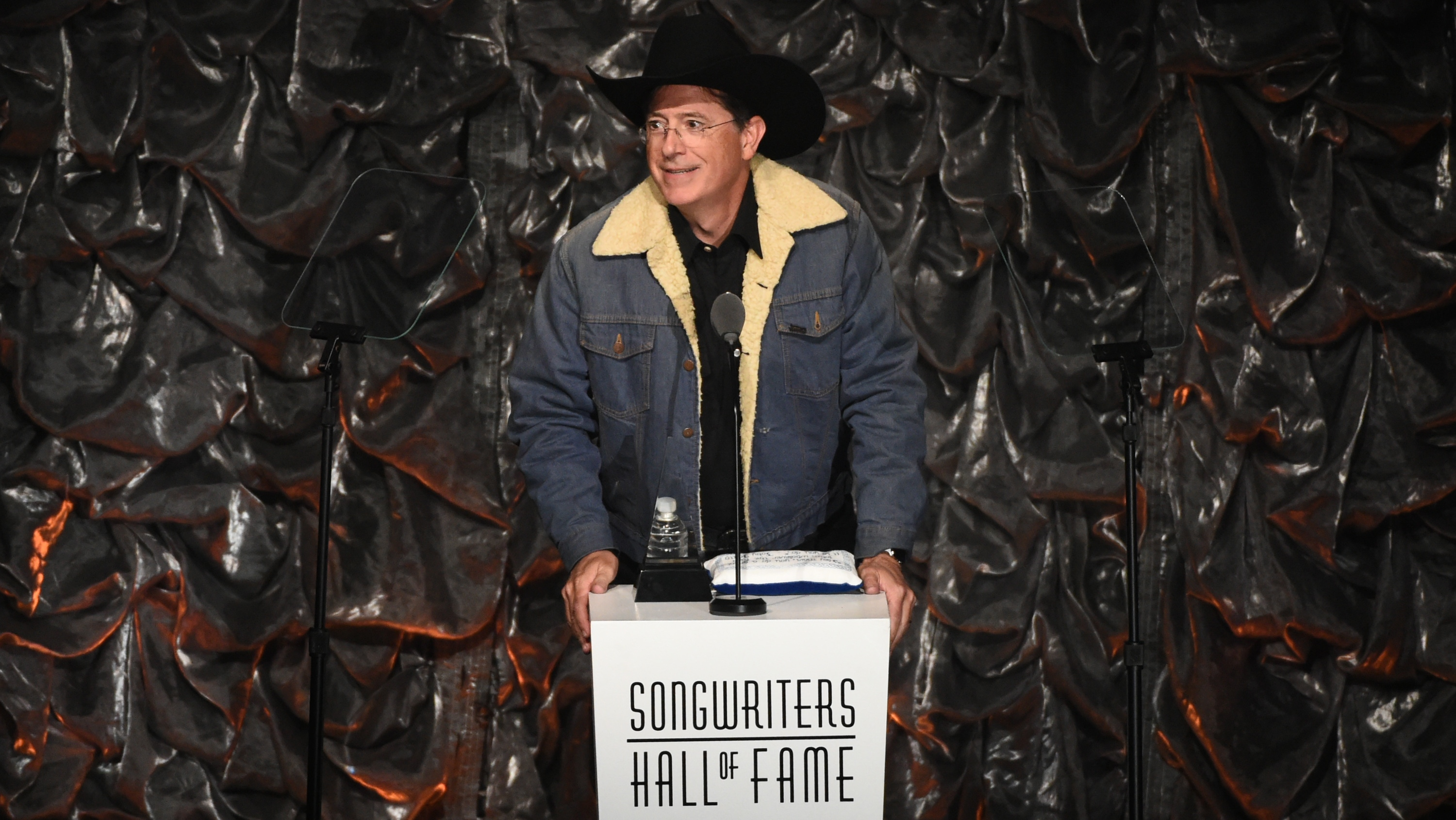 Songwriters Hall of Fame Ceremony Stephen Colbert - H 2015