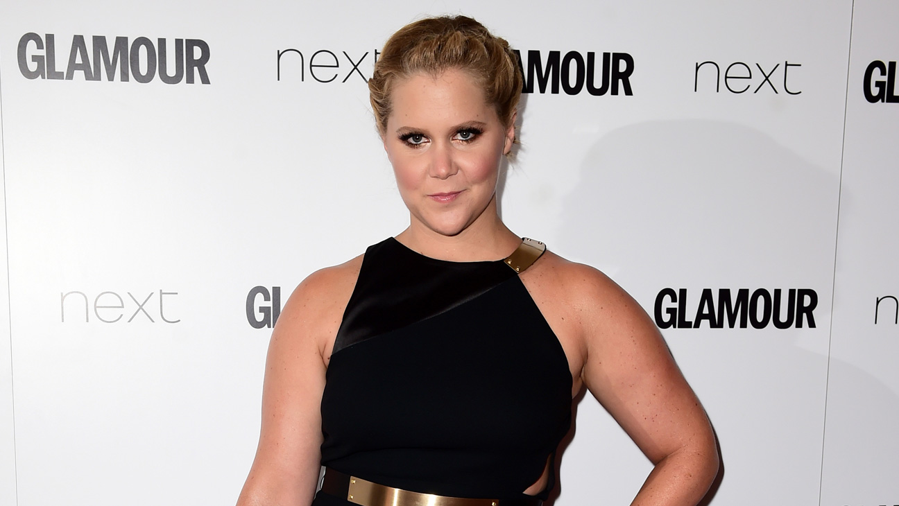 Amy Schumer Glamour Awards - H 2015