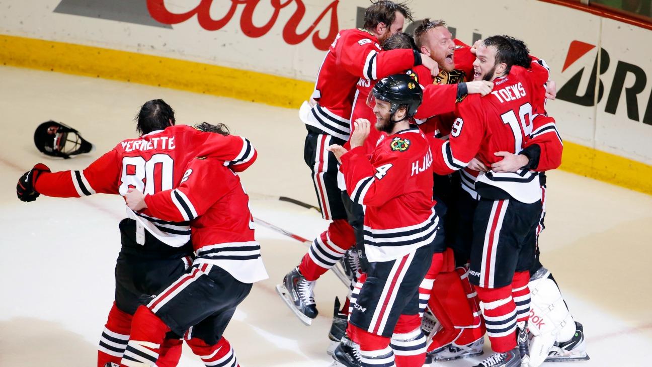 Chicago Blackhawks Win Stanley Cup Hockey NHL - H 2015