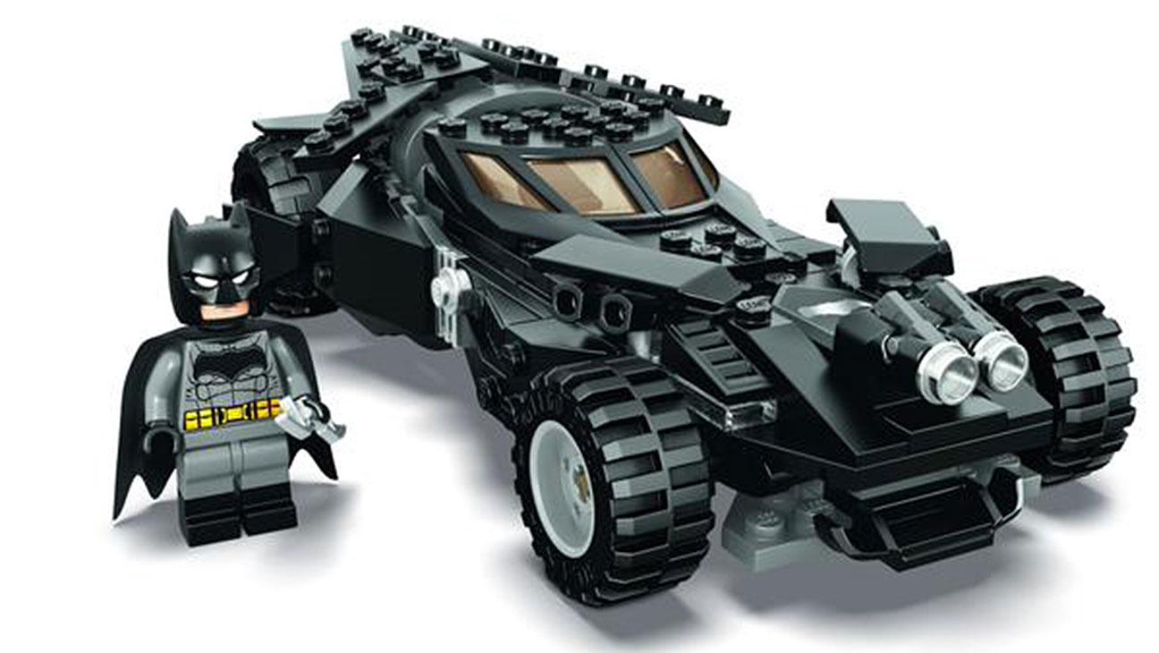 Lego Batmobile - H 2015