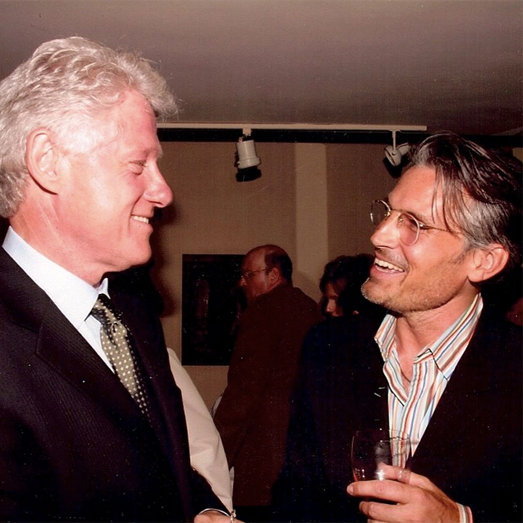 Bill Clinton, Vaugh Acord Instagram - S 15