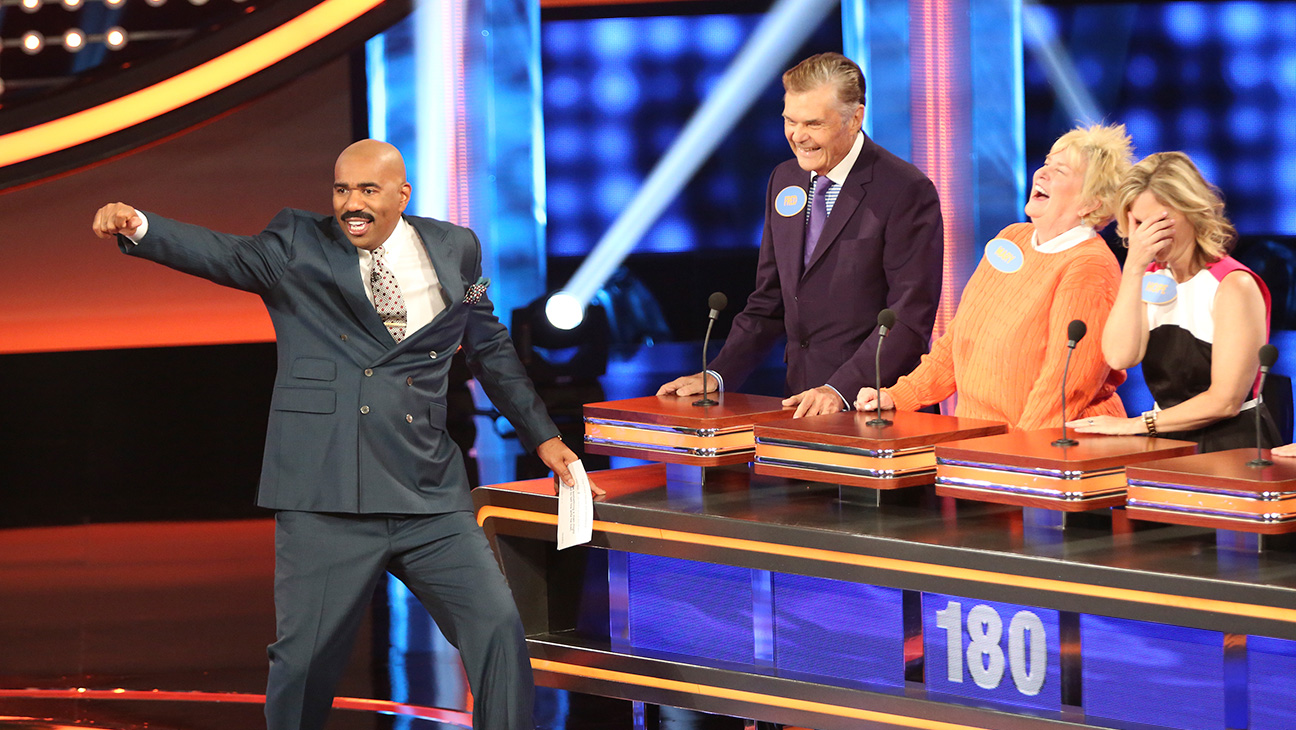 Celebrity Family Feud - H 2015