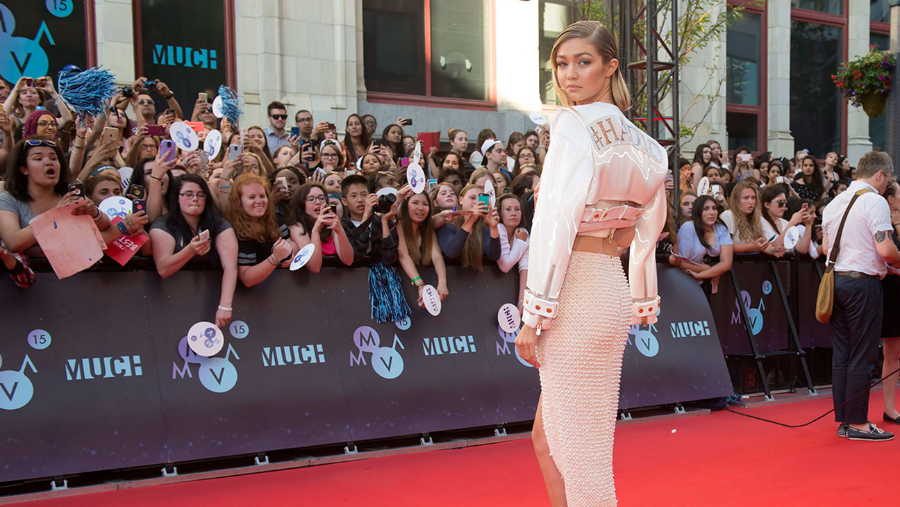 Gigi Hadid Much Music Awards - H 2015