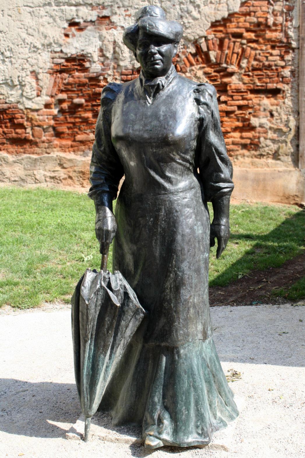 Marija Juric Zagorka Statue