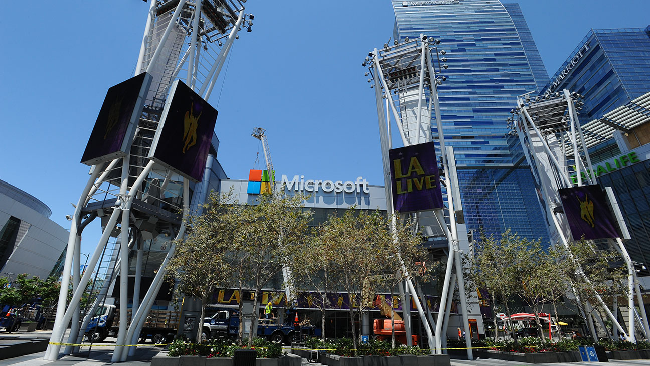 Microsoft Theater Sign - H 2015