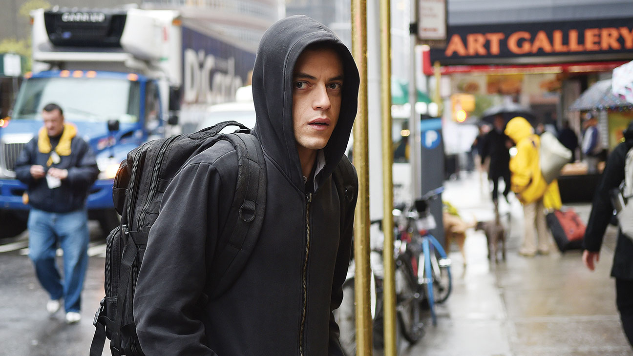 Mr. Robot S01E01 Still - H 2015