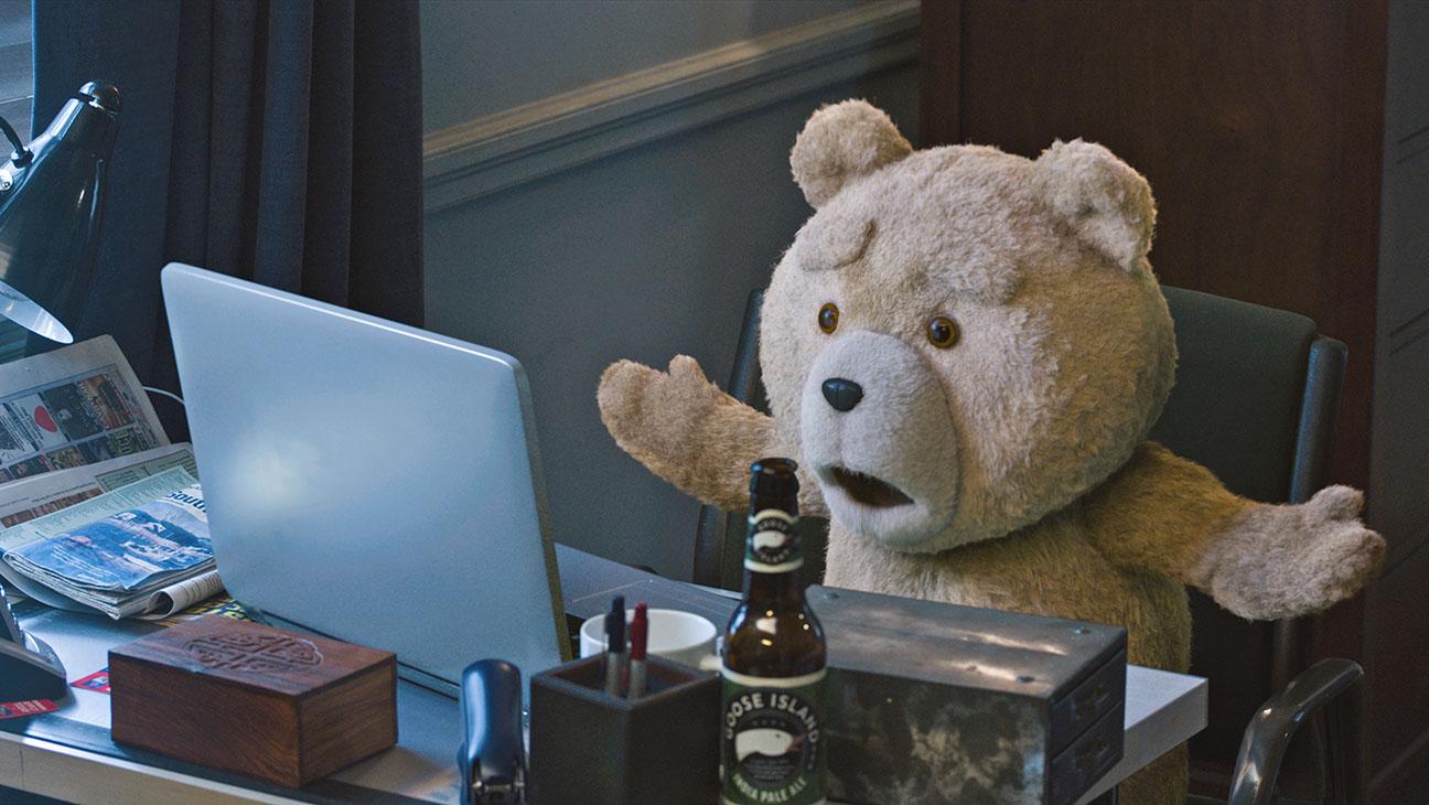 Ted 2 Still 4 - H 2015