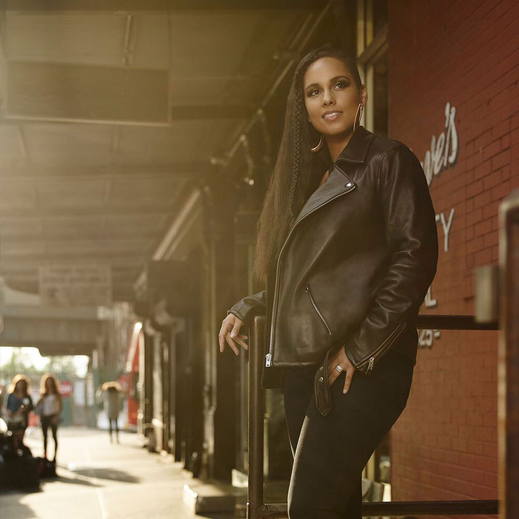 Alicia Keys for Levis Instagram - S 2015