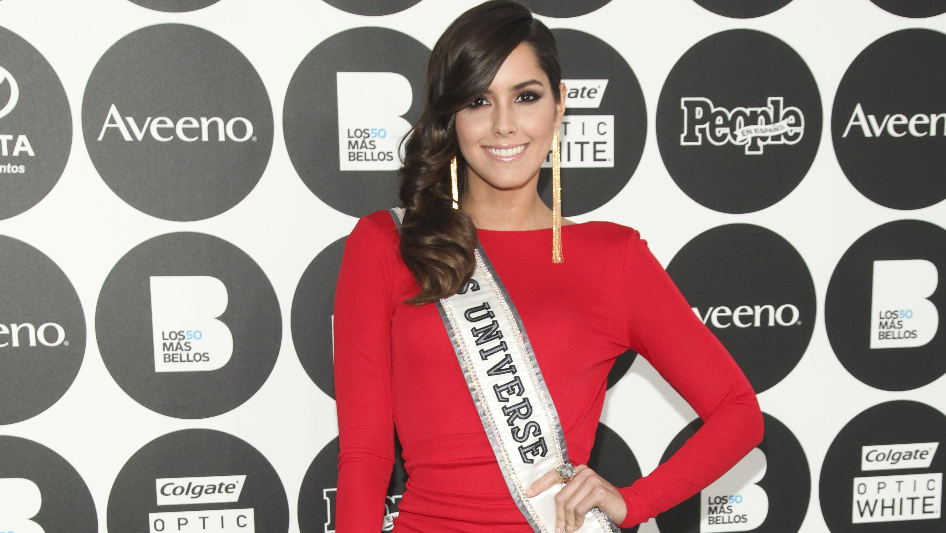 Paulina Vega - H 2015