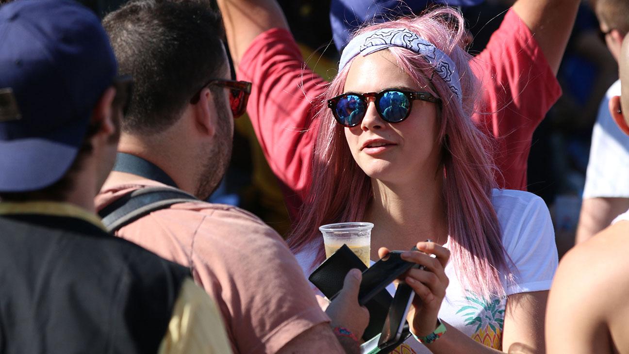 Cara Delevingne Pink Hair - H 2015