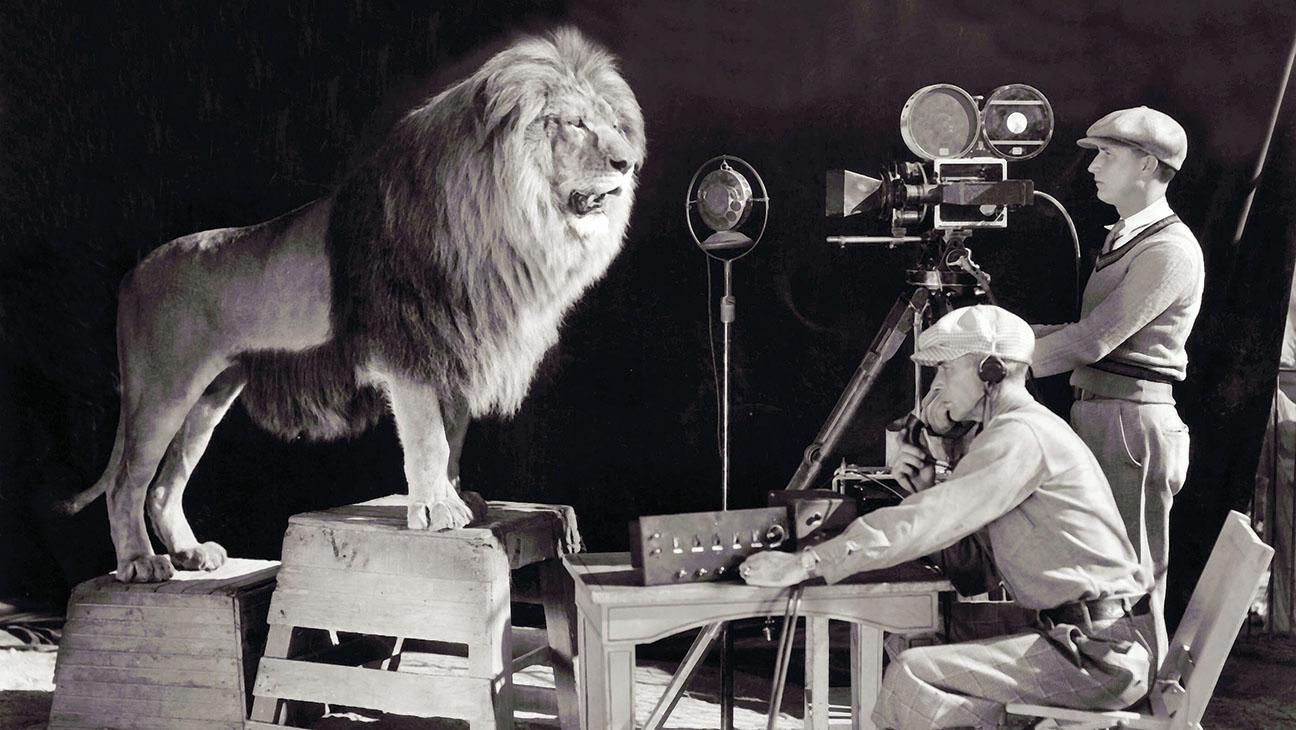MGM LEO THE LION - H 2015