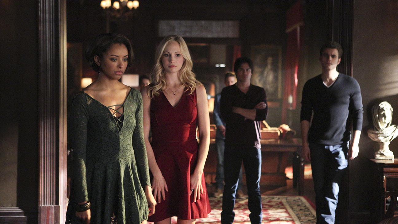Vampire Diaries Boss Talks Grim Season 7 Complicated Salvatore Family Bond Hollywood Reporter
