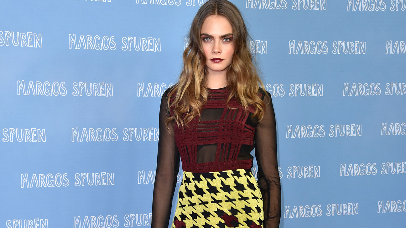 Mary Katrantzou Top 10: Cara Delevingne - H 2015
