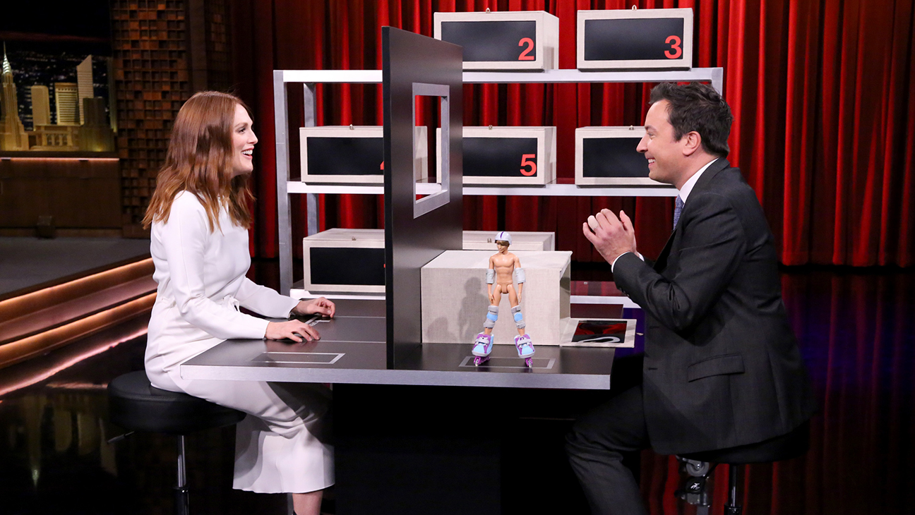 Julianne Moore Jimmy Fallon H 2015