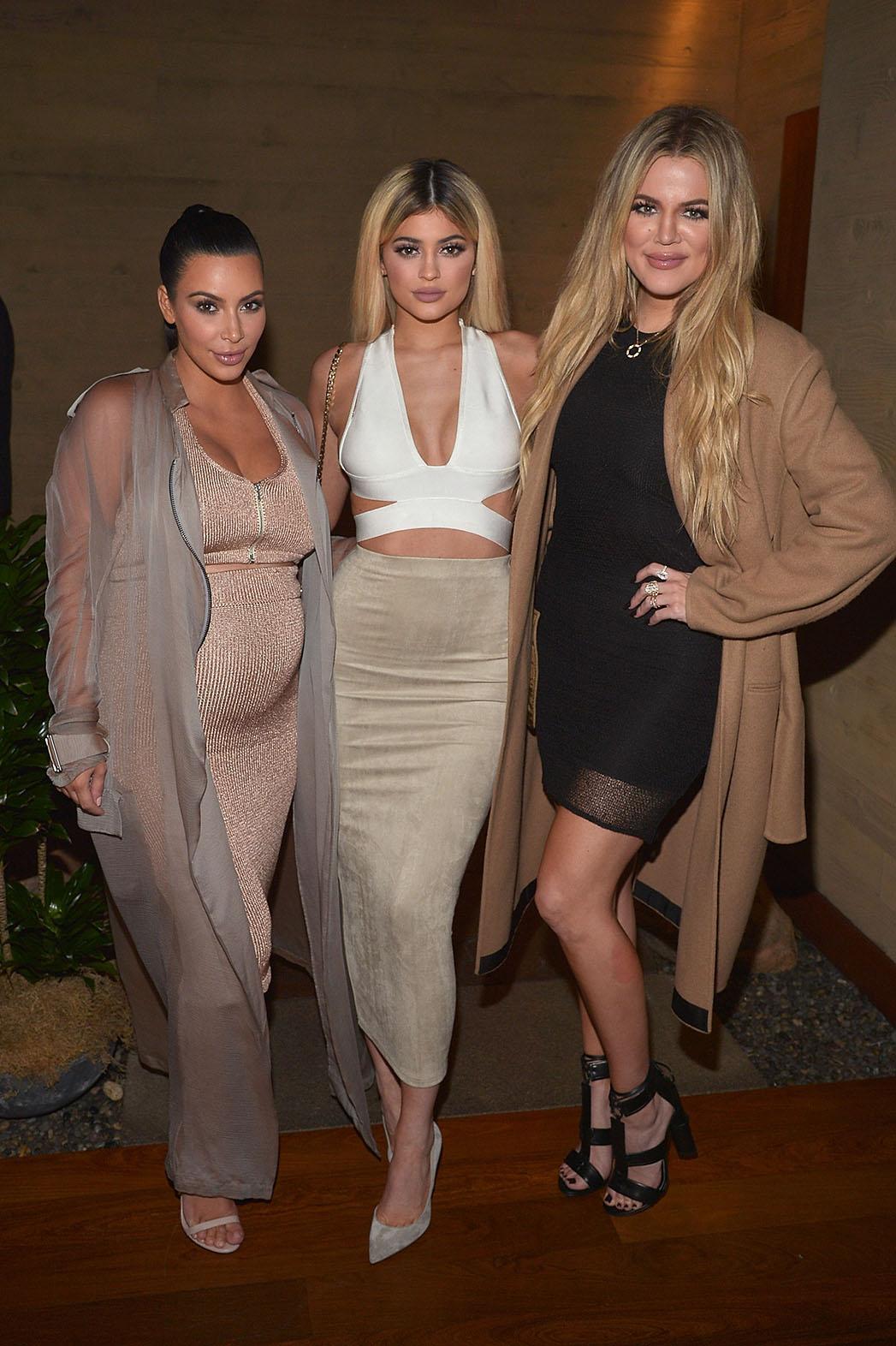 Kardashian - P - 2015