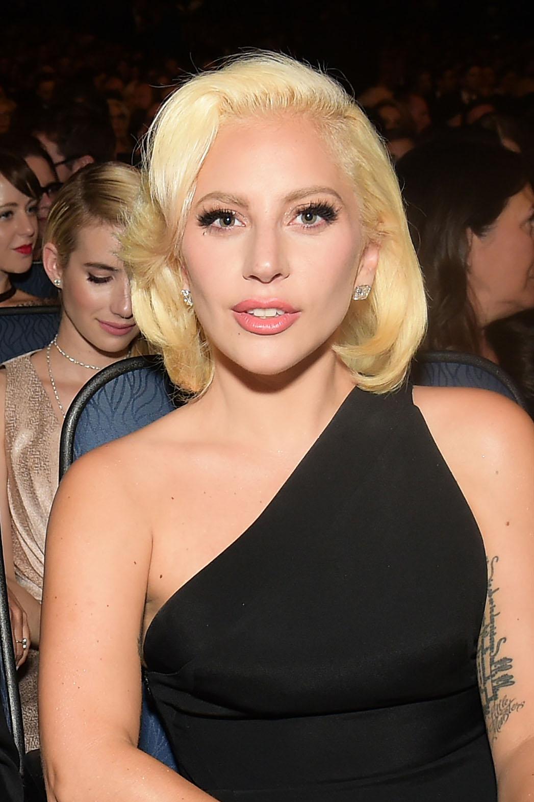 Lady Gaga - P 2015