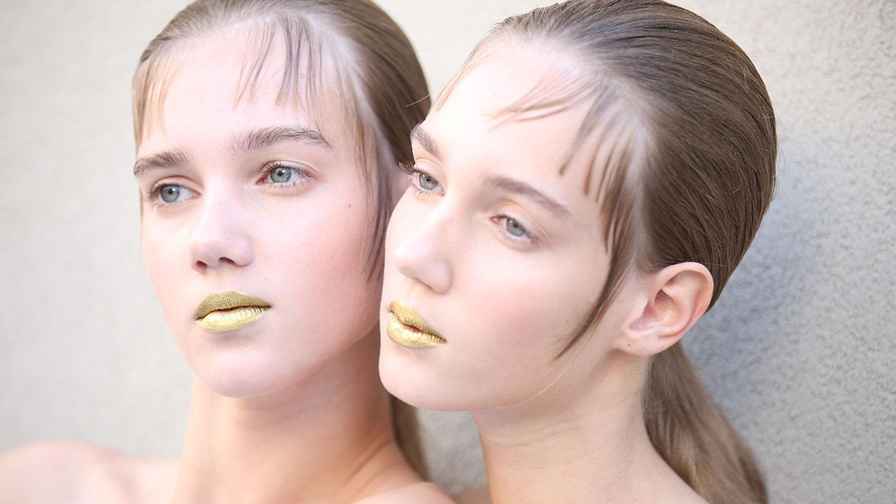 Prada Gold Lips - H 2015