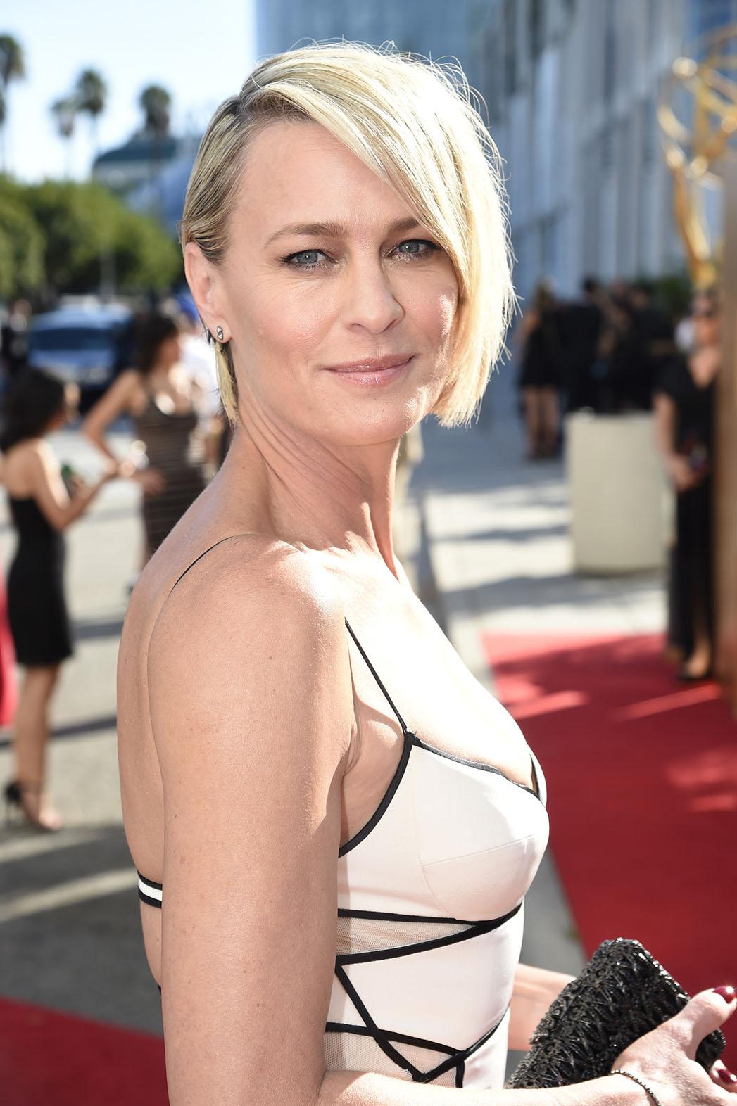 Robin Wright Emmys - P 2015