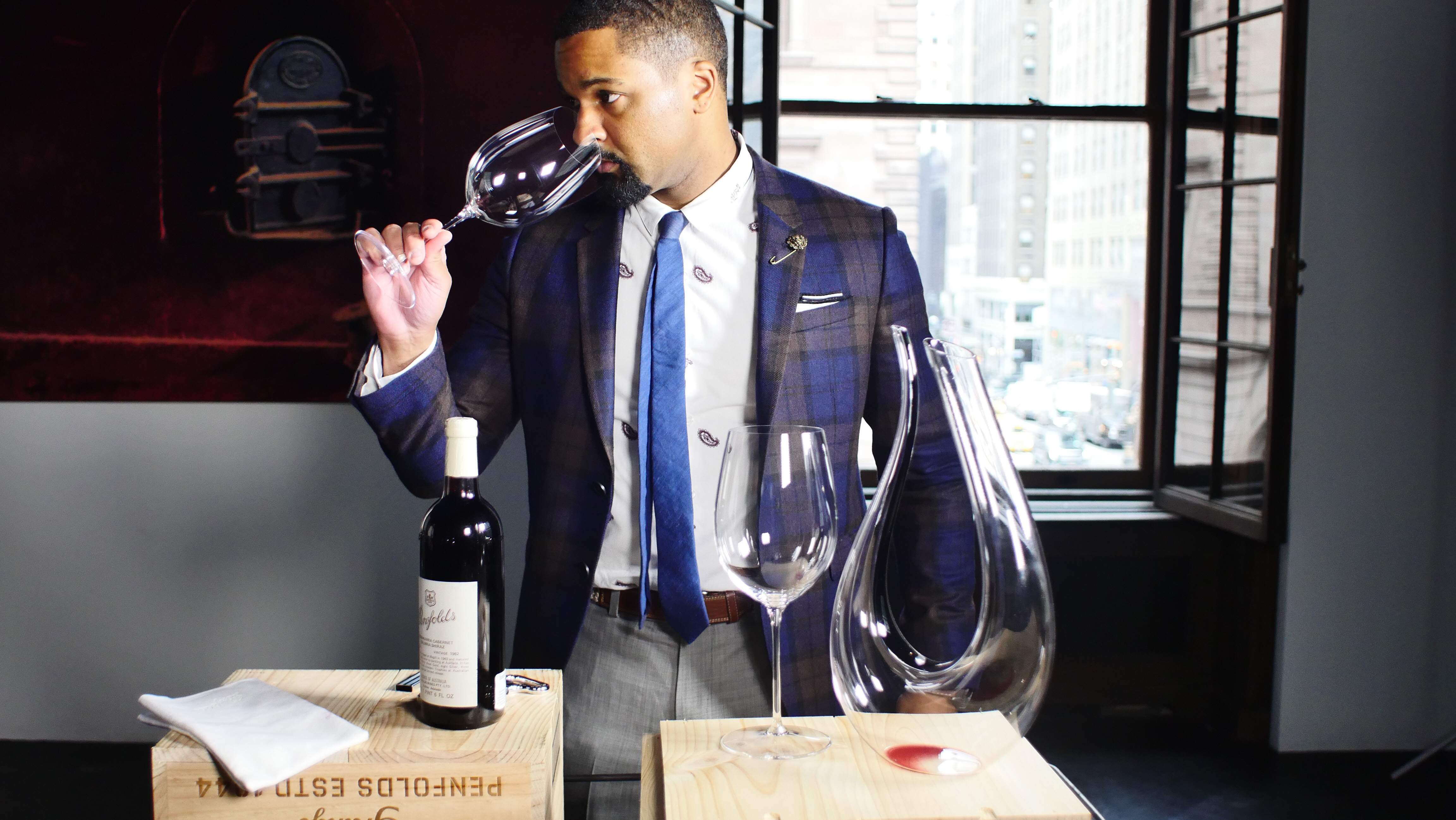 Somm Into the Bottle - H 2015