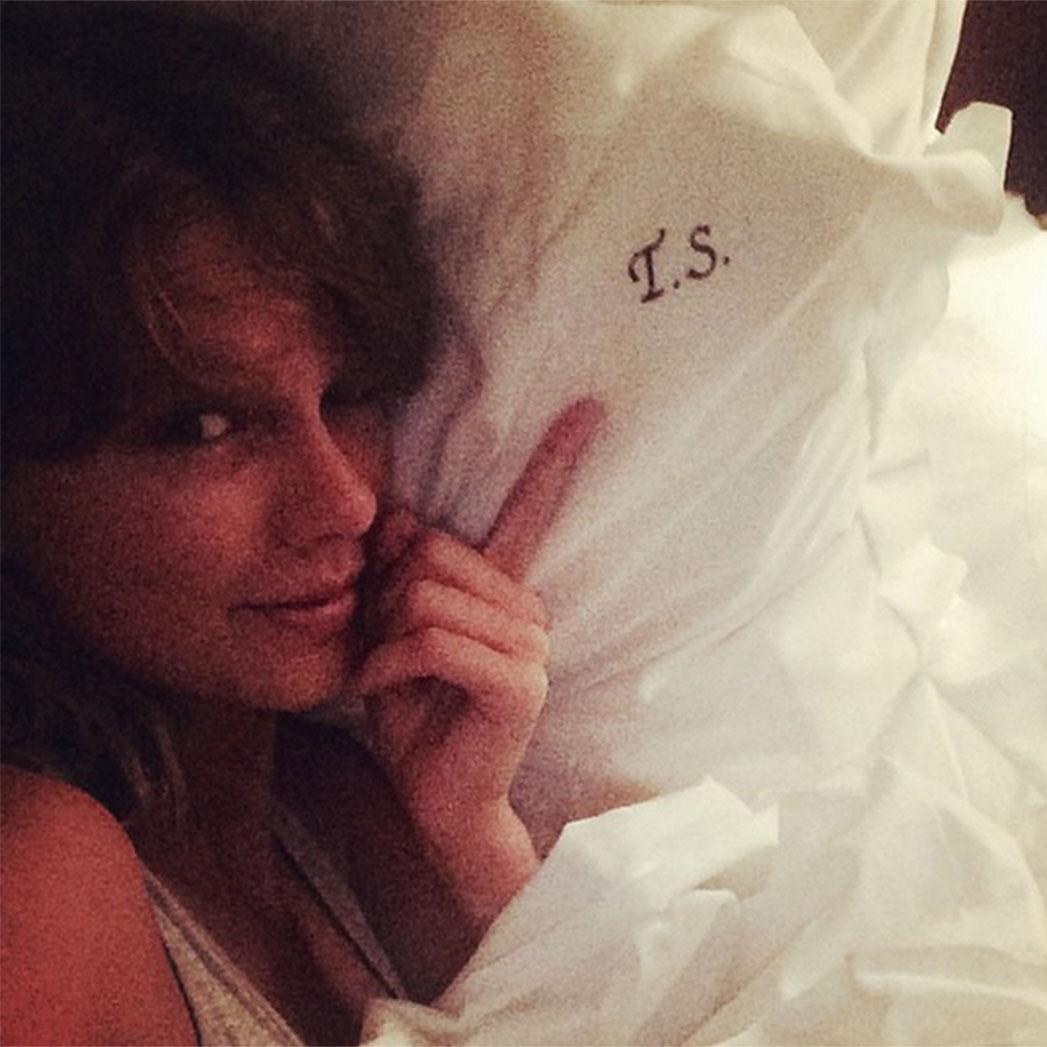 Taylor Swift Instagram Monogram 1- H  2015