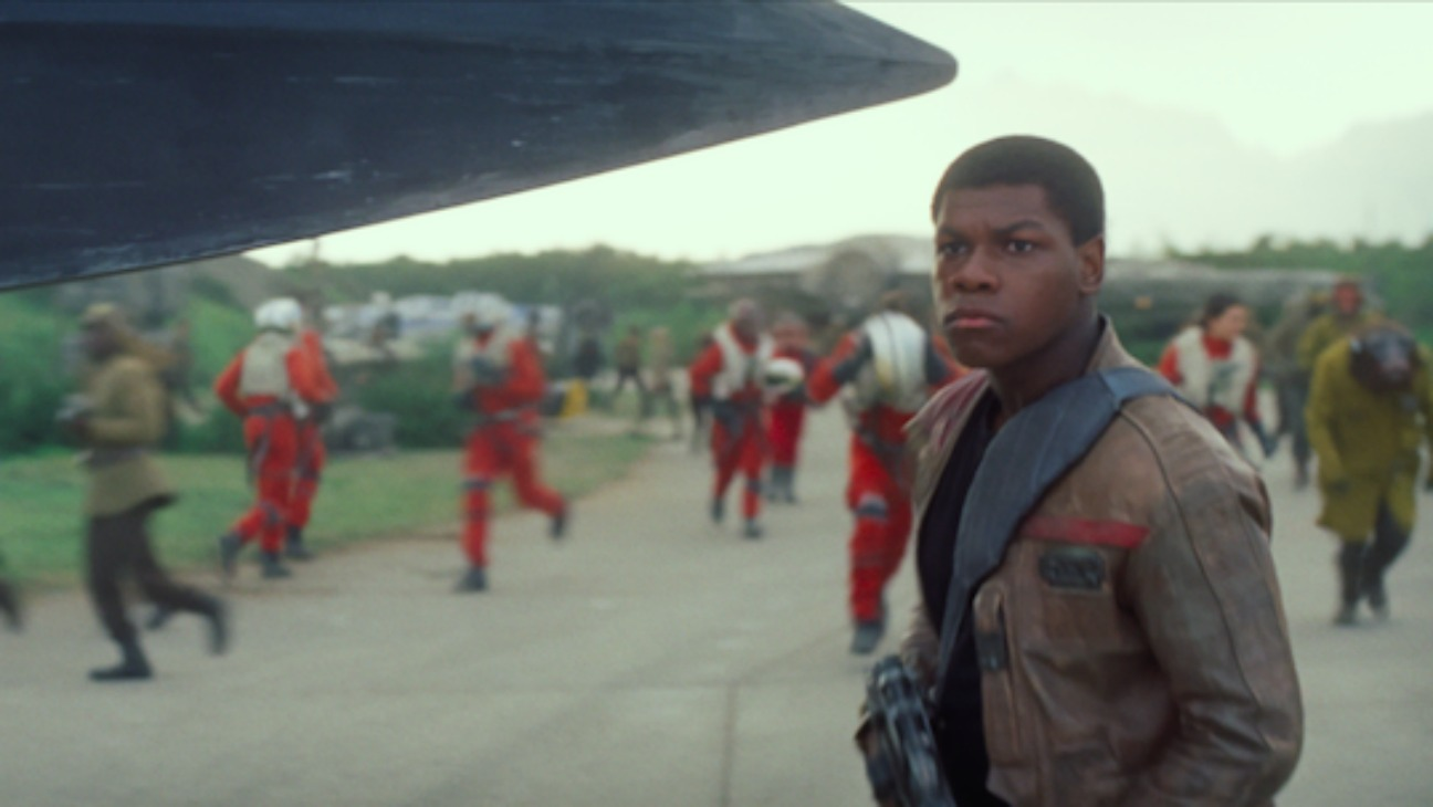 Star Wars Force Awakens Final Trailer Still - H 2015