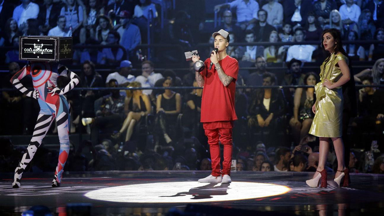 Justin Bieber MTV EMA H - 2015