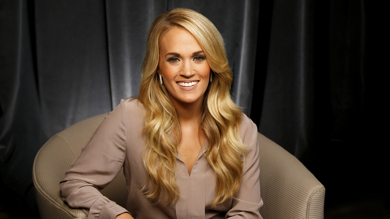 Carrie Underwood H 2015
