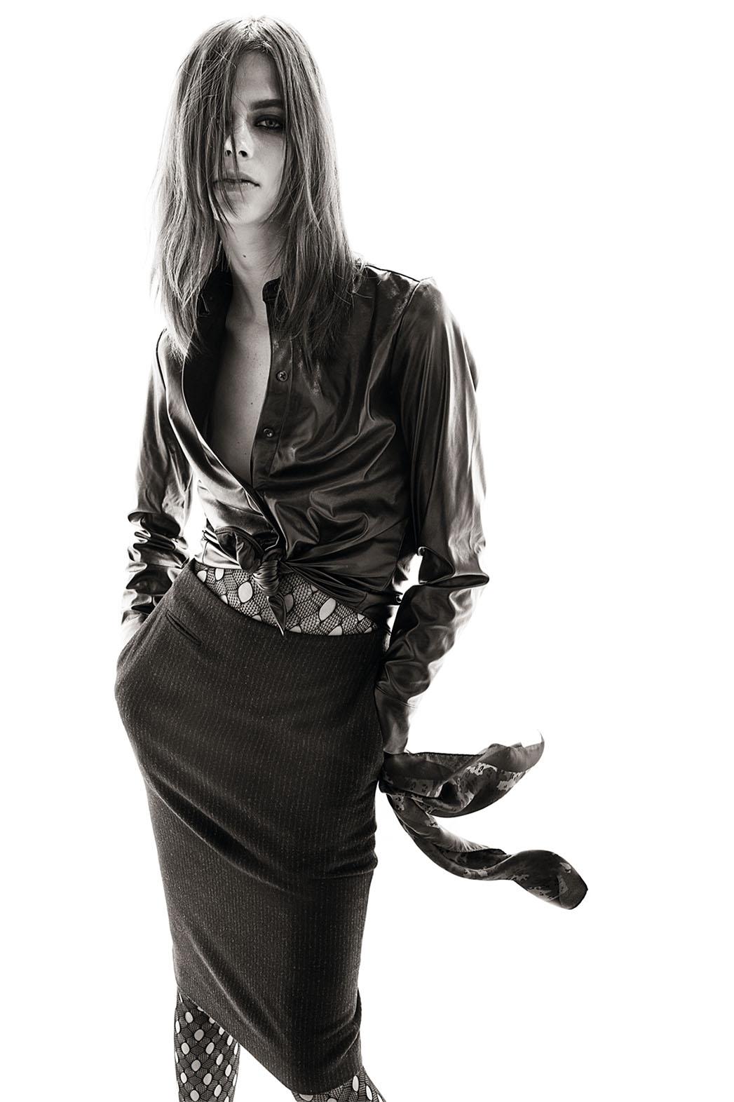 Carine Roitfeld's Uniqlo Collection Model - P 2015