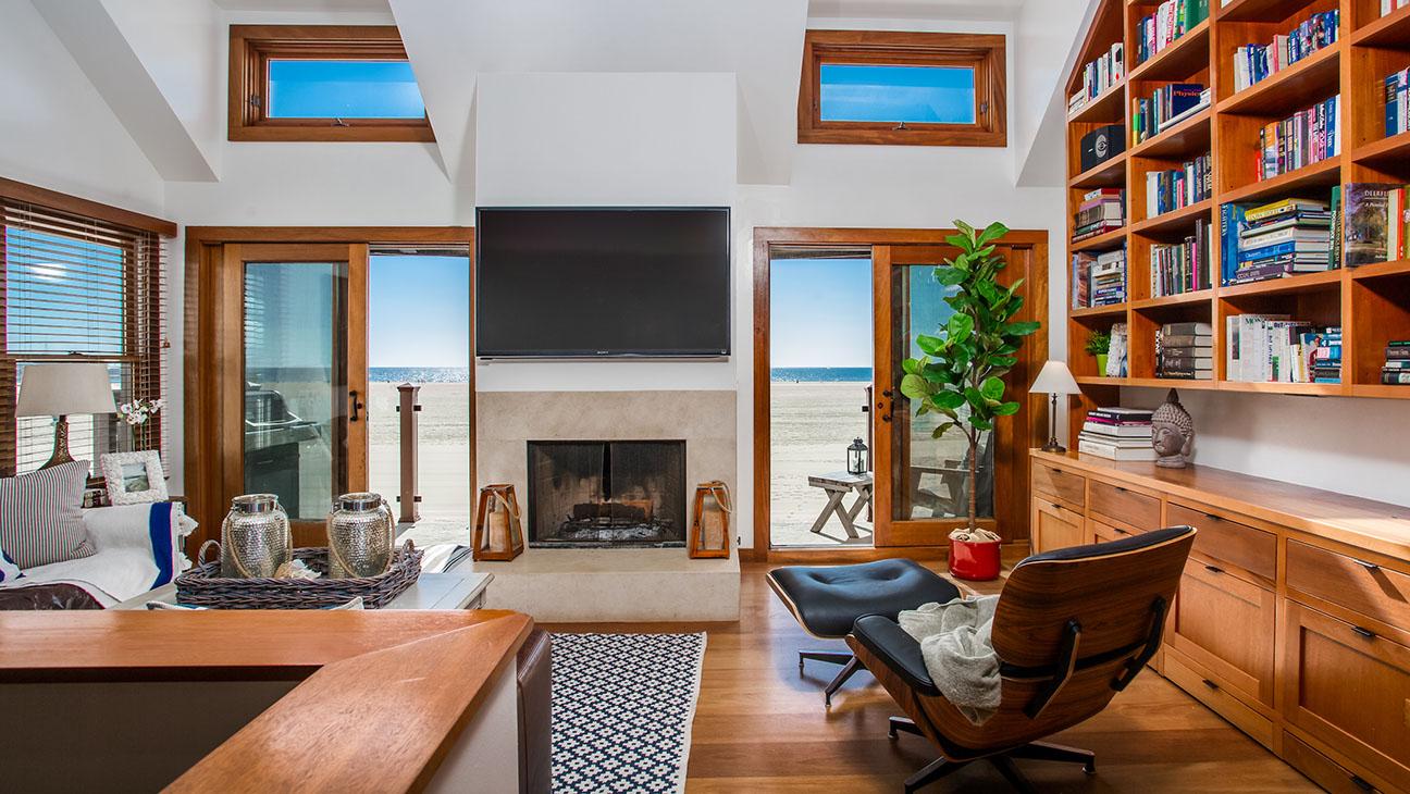 Palisades_Beach_Road_Real_Estate - H 2015