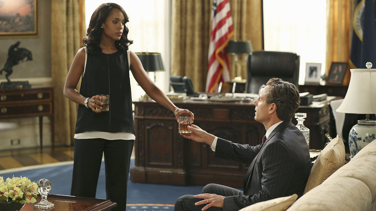 Scandal S05E03 Still - H 2015
