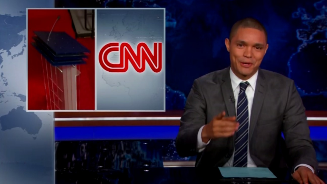 Daily Show CNN Debate Still - H 2015