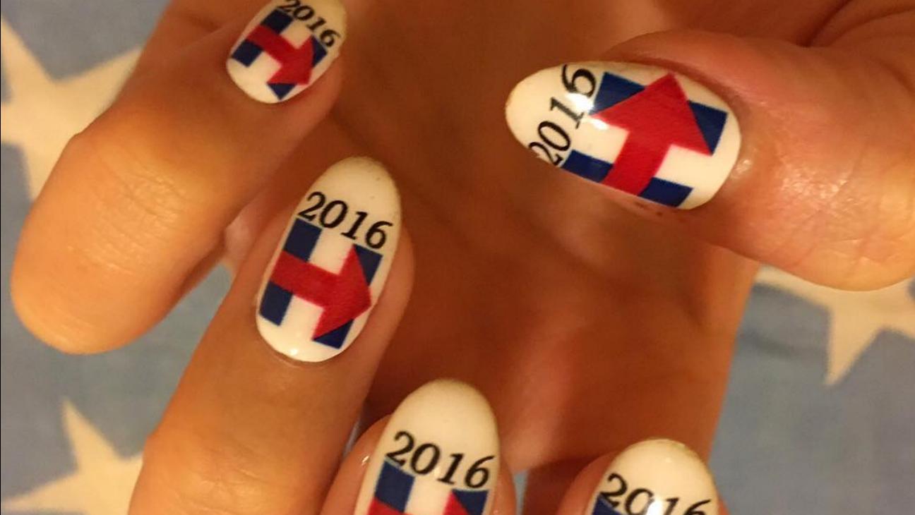 Katy Perry Fingernails Instagram - H 2015