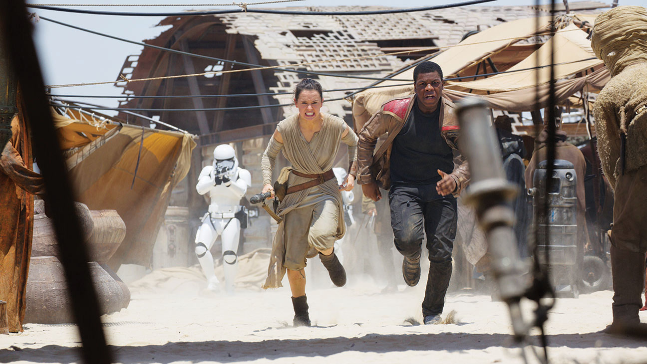 Star Wars: The Force Awakens Still - H 2015