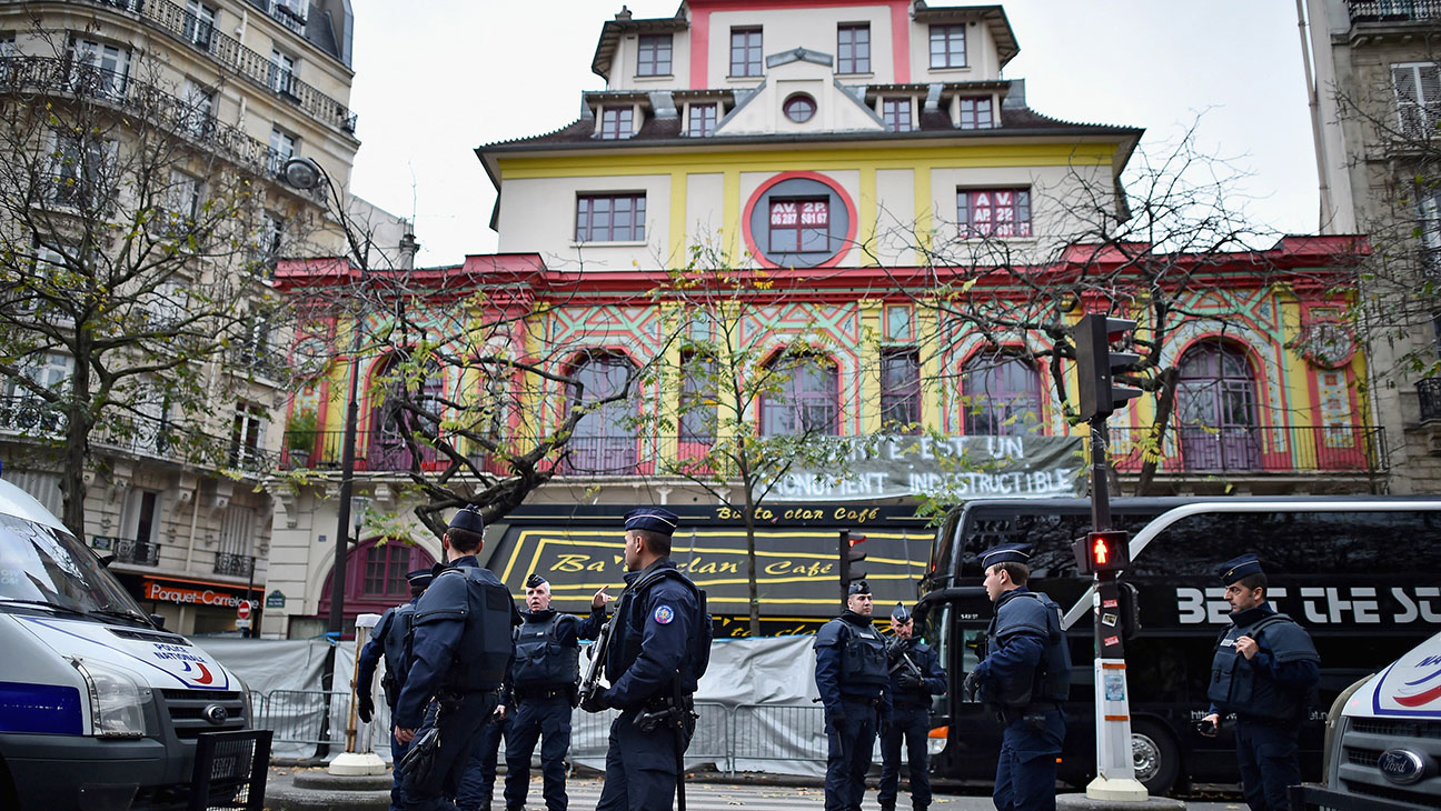 French police officers stand guard main entrance of Bataclan concert hall -H 2015