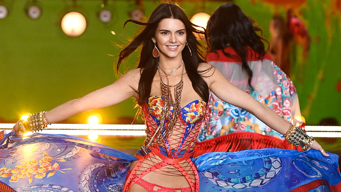 Kendall Jenner 2015 Victoria's Secret Fashion Show at the Lexington Armory - H 2015