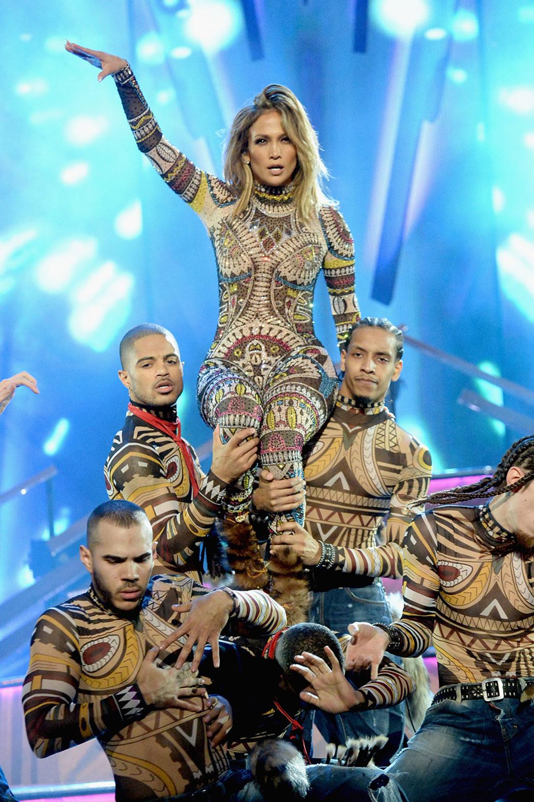 Jennifer Lopez AMAs - 2015