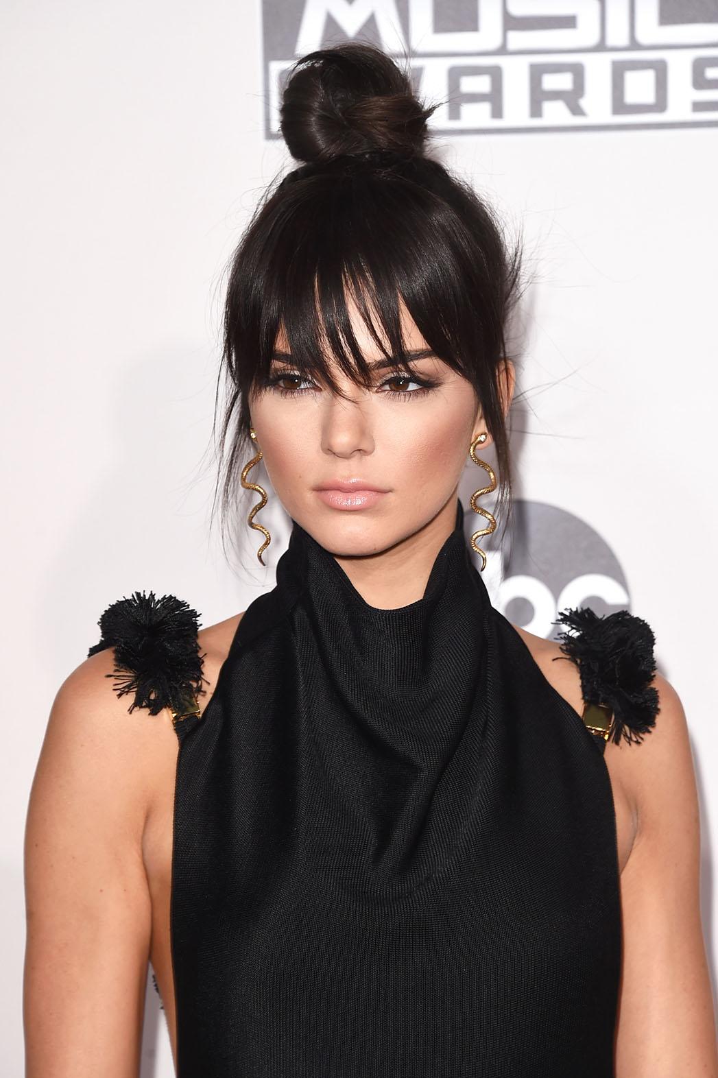 Kendall Jenner AMAs - P 2015