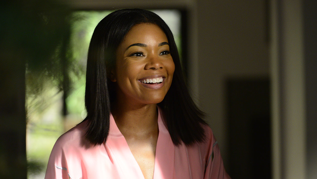 Gabrielle Union stars in Being Mary Jane - H 2015