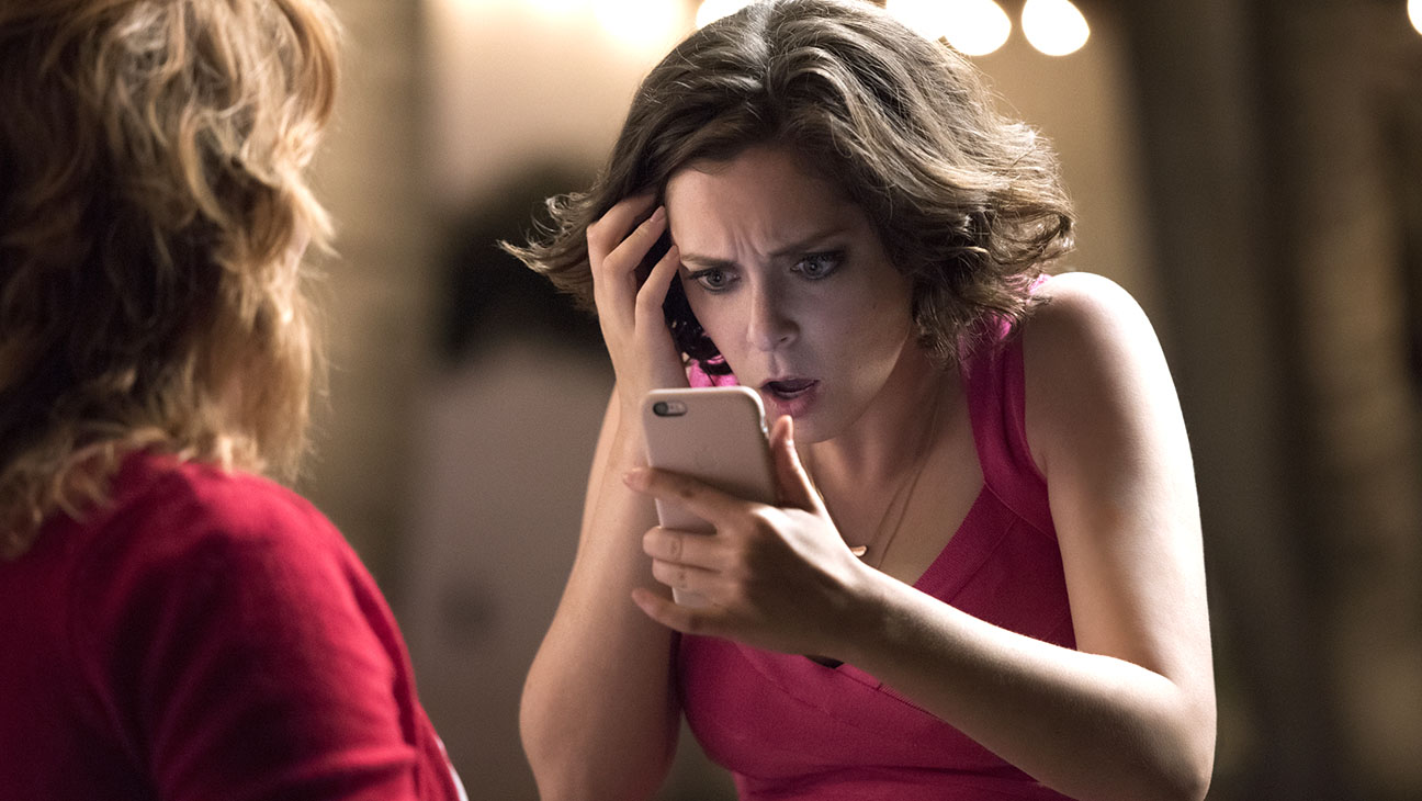 Crazy Ex-Girlfriend - Rachel Bloom - H 2015