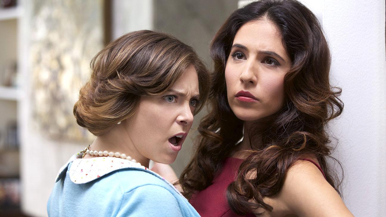 Crazy Ex-Girlfriend - Rachel Bloom and Gabrielle Ruiz - H 2015