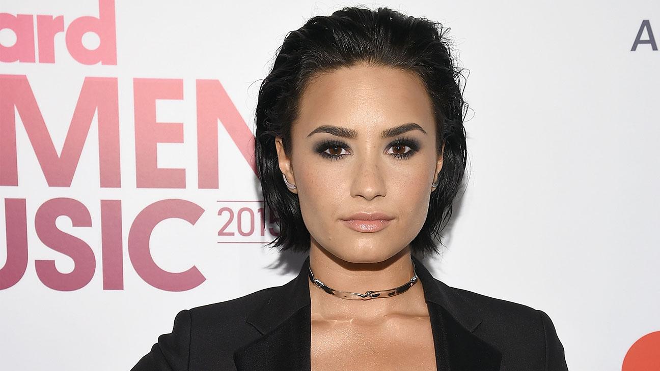 Demi Lovato Billboard's Women in Music - H 2015