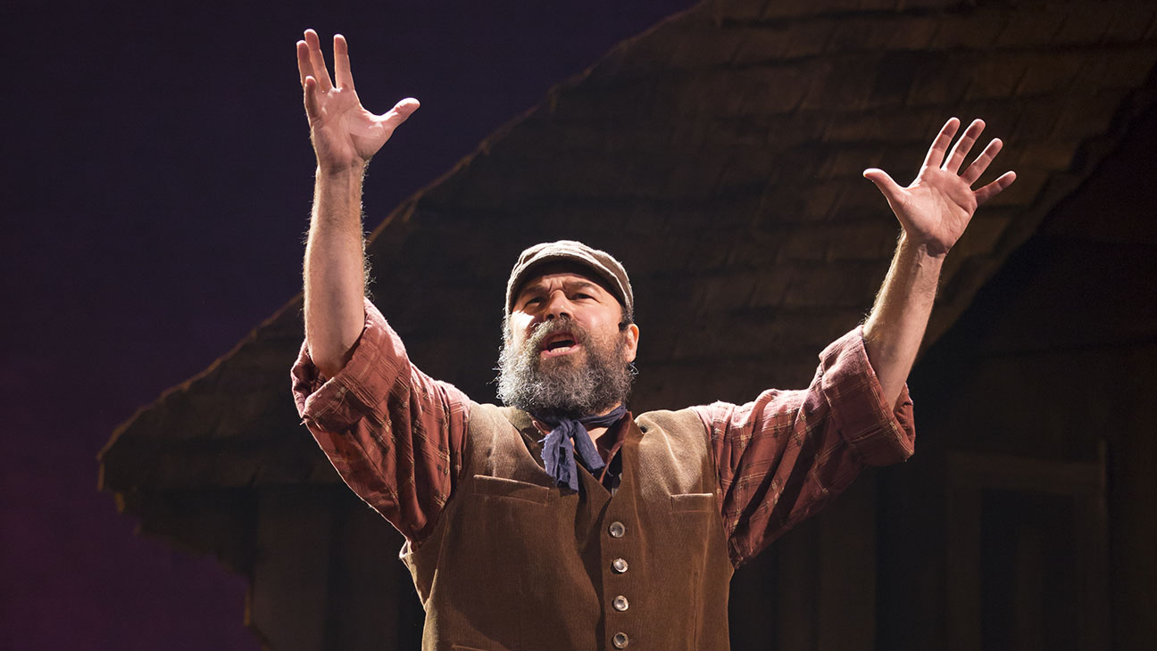 Fiddler on the Roof Production Still - H 2015