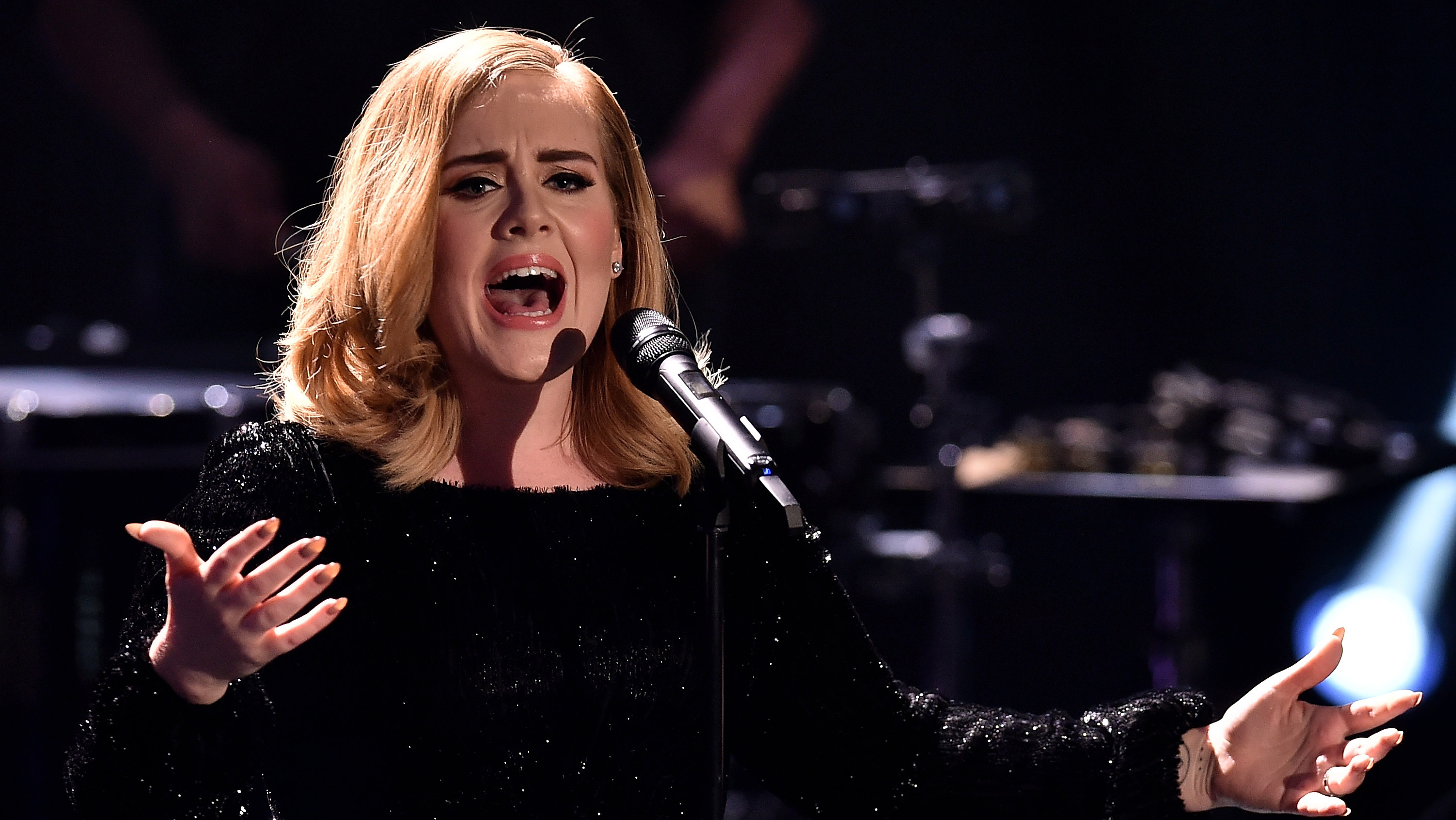 Hollywood's make or break Moments: 3 - Adele - H 2015