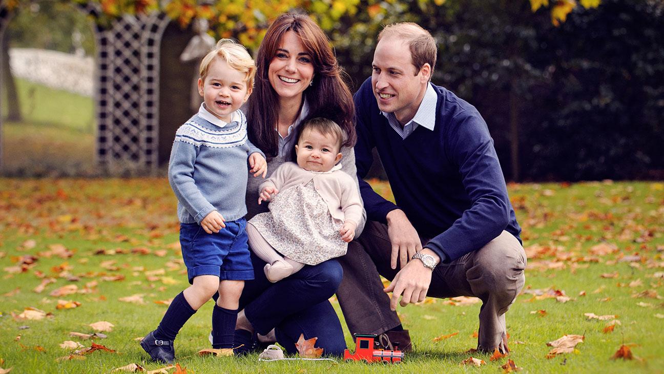 Royal Family Christmas Card - H 2015