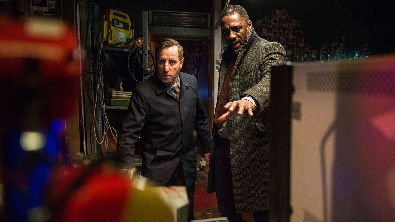 Idris Elba in Luther - H 2015