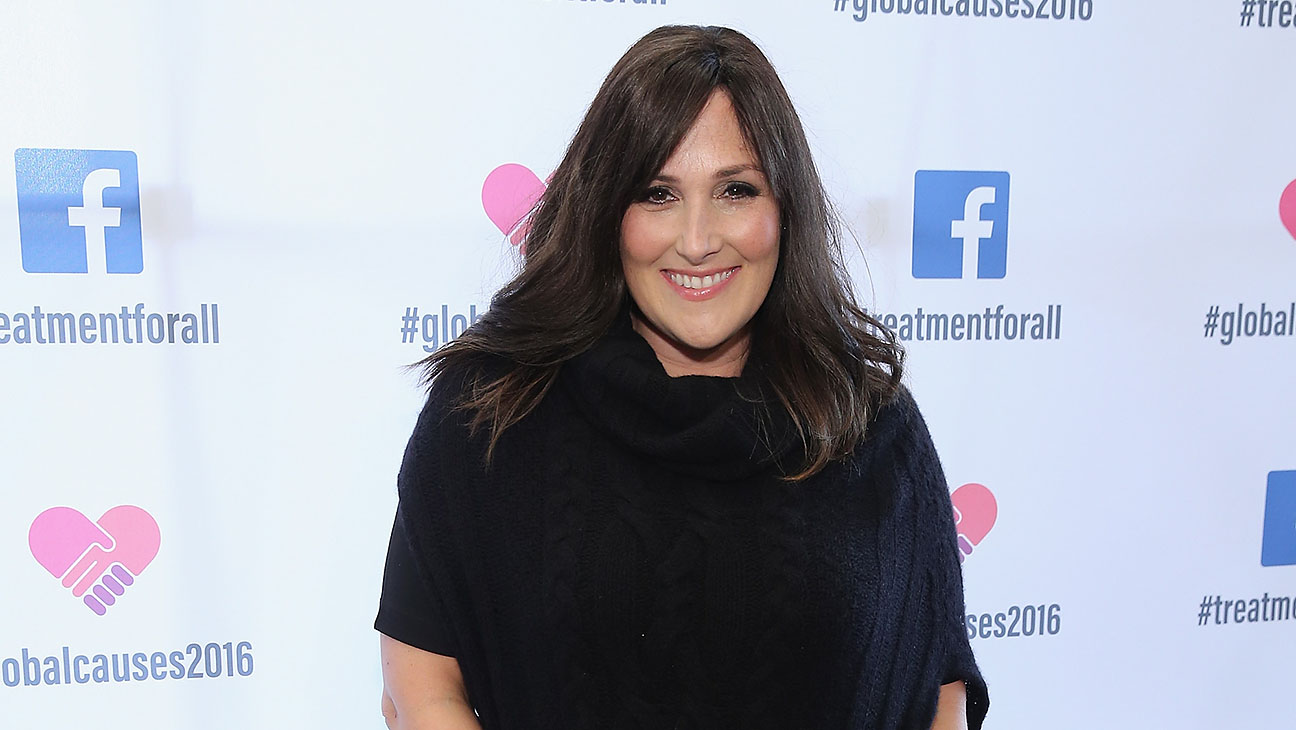 Ricki Lake Facebook Treatment for All - H 2015