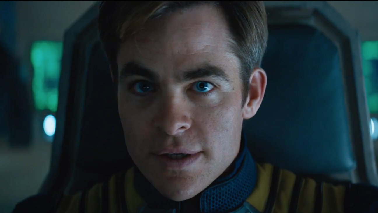 Star Trek Beyond Trailer grab - H 2015