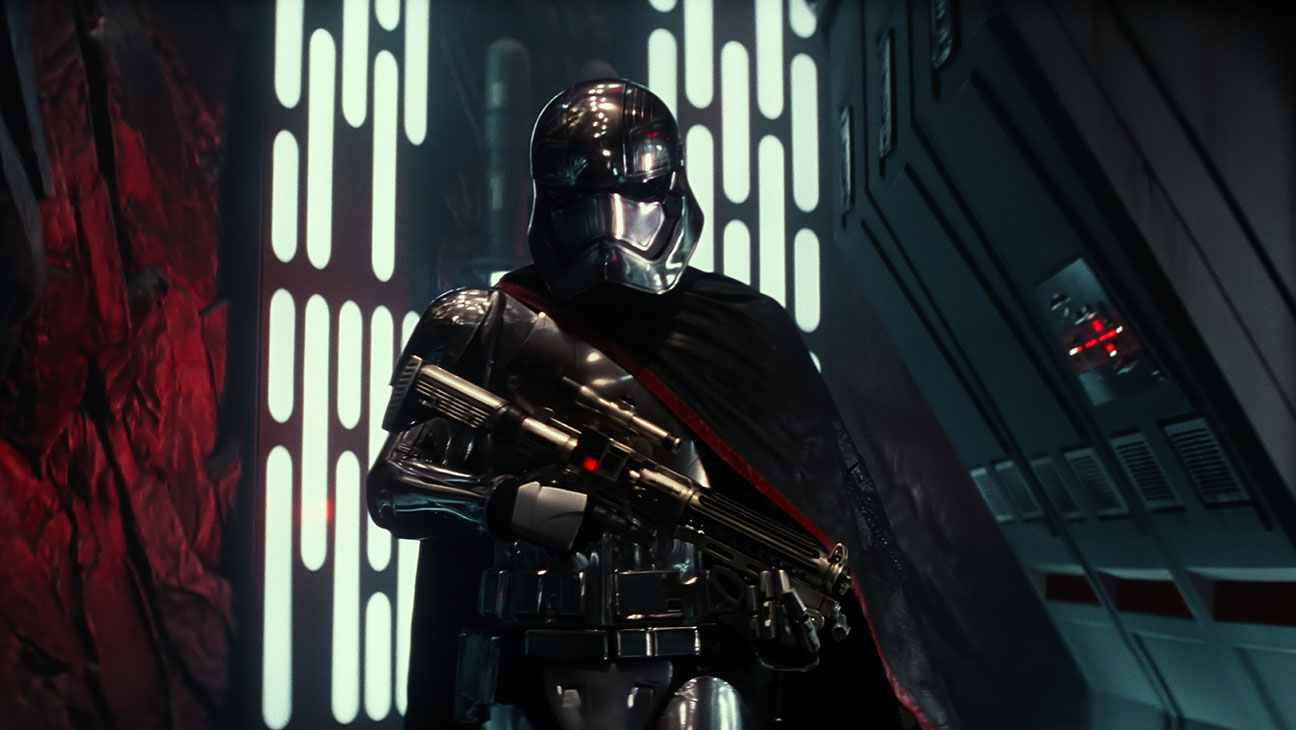 Star Wars: The Force Awakens Still 7 Captain Phasma - H 2015